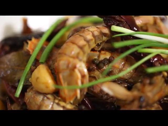 夏天的海鲜版麻辣诱惑—香辣皮皮虾 - 蓝冰滢 - 蓝猪坊 创意美食工作室