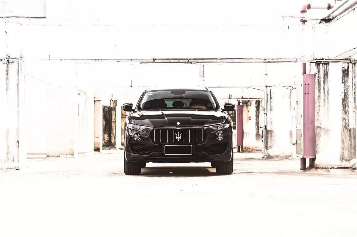 玛莎与特斯拉的第一款SUV 带了多少跑车基因?w88永利05520