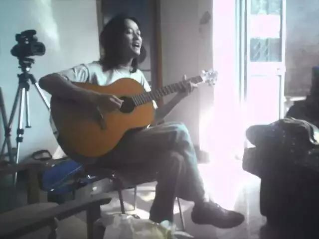 窦唯发布新专辑!4年前他与两位神秘乐手云游大理:山水犹在,清音自来