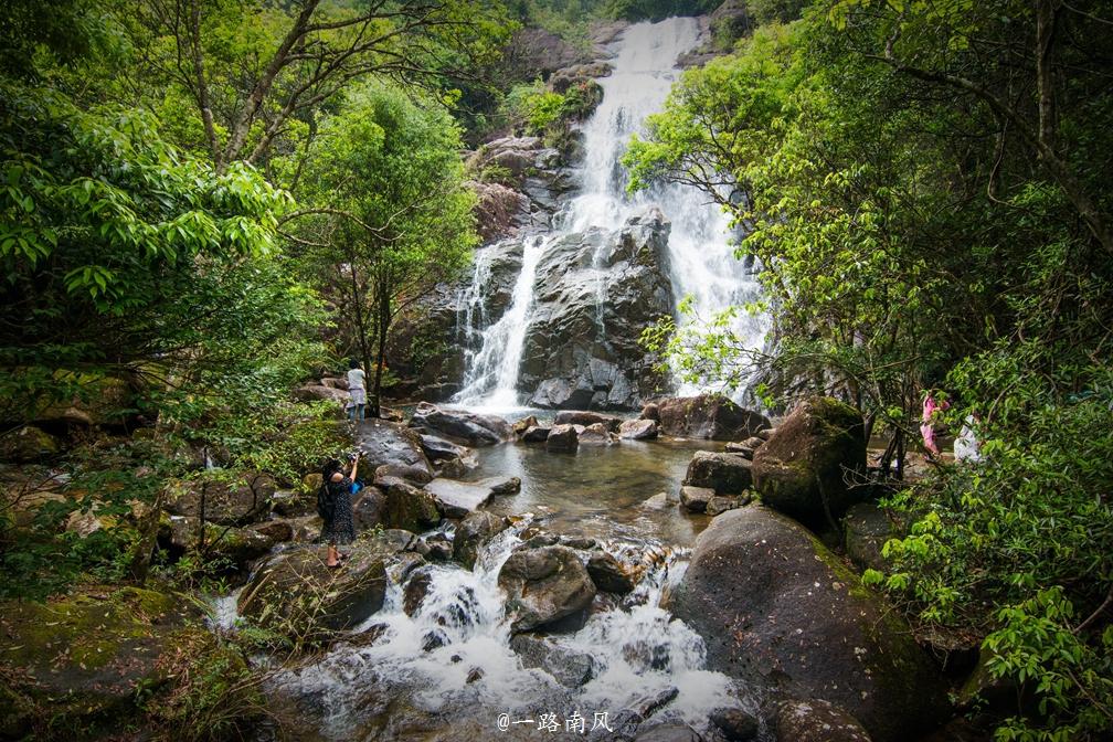 壁纸 风景 旅游 瀑布 山水 桌面 1008_672