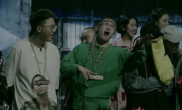 就算《中国有嘻哈》再套路,也完爆《新歌声》的假大空!