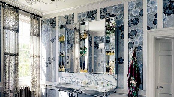 在名模Kate Moss的家 最让人惊艳的是这些手绘墙纸(图)