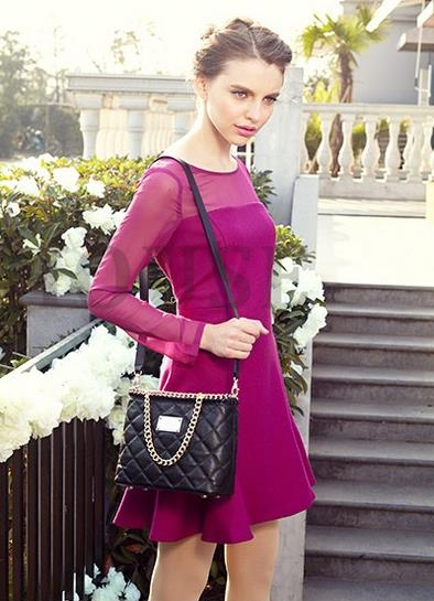 锁扣链条包的时尚搭配:尽显优雅婉约欧美风