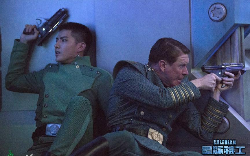 战狼2单日票房不足千万破60亿无望?好莱坞大片来袭吴京招架不住了!