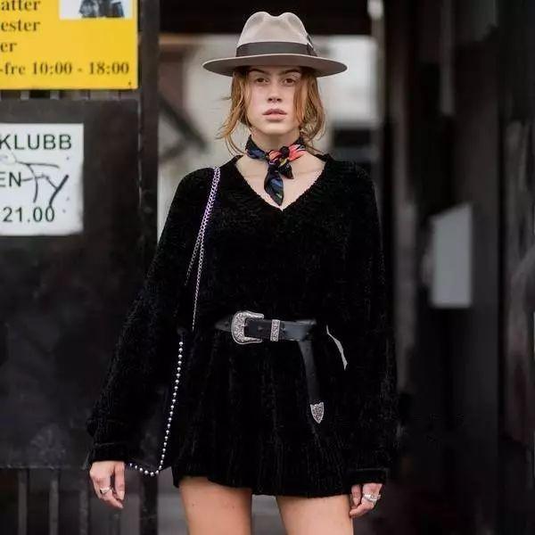 五款配饰让你的搭配不重样!不用挥霍金钱就能让你时髦出街
