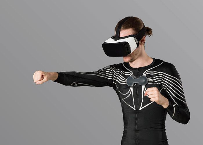 日本初创公司 Xenoma 推出首款智能服装 e-skin