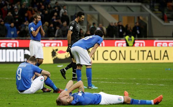 悲情谢幕,蓝色之殇,意大利无缘世界杯,罪魁祸首还不是文图拉
