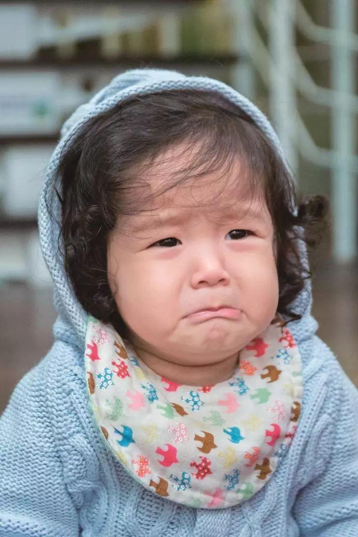 幼儿园虐童反思:读懂不同年龄孩子情绪,给孩子最温暖的心理安慰