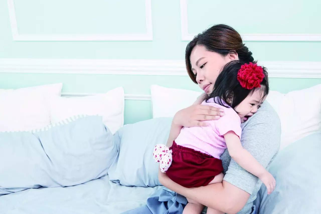 甜蜜的烦恼,如何正确抱宝宝?
