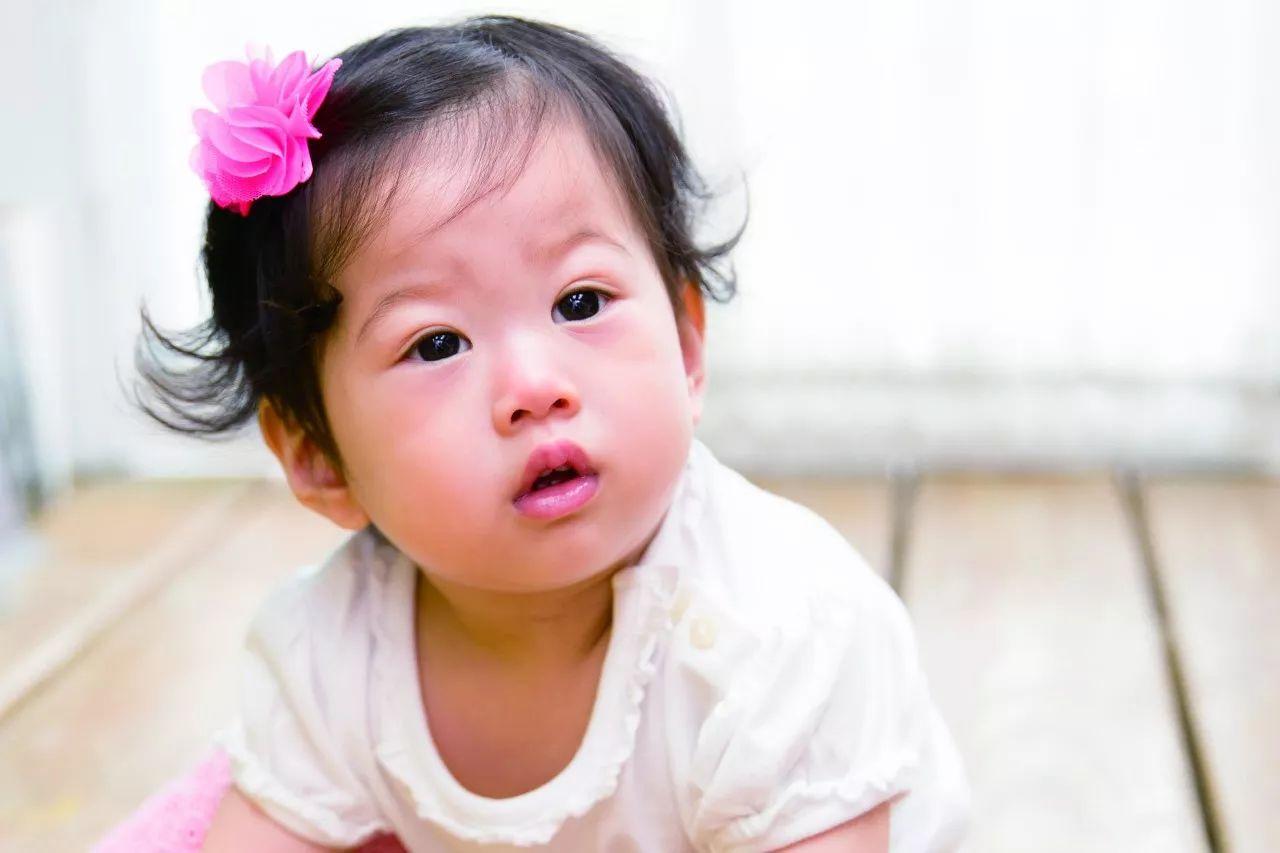 小孩睡着后开口笑哈哈 ,家长以为做美梦一查居然是一种病?