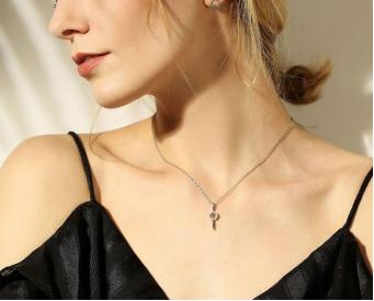 JHM珠宝受追捧,英伦风引领2018新年新时尚