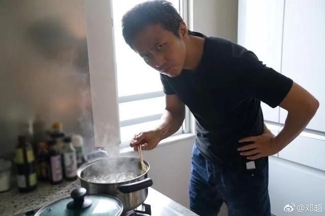 邓超或已与浙江卫视解约 无缘第六季跑男转和杨幂携手