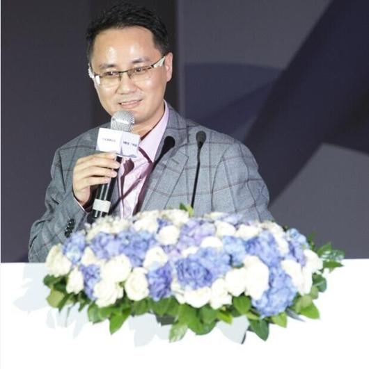曹磊:线上电商进军线下拓展新流量