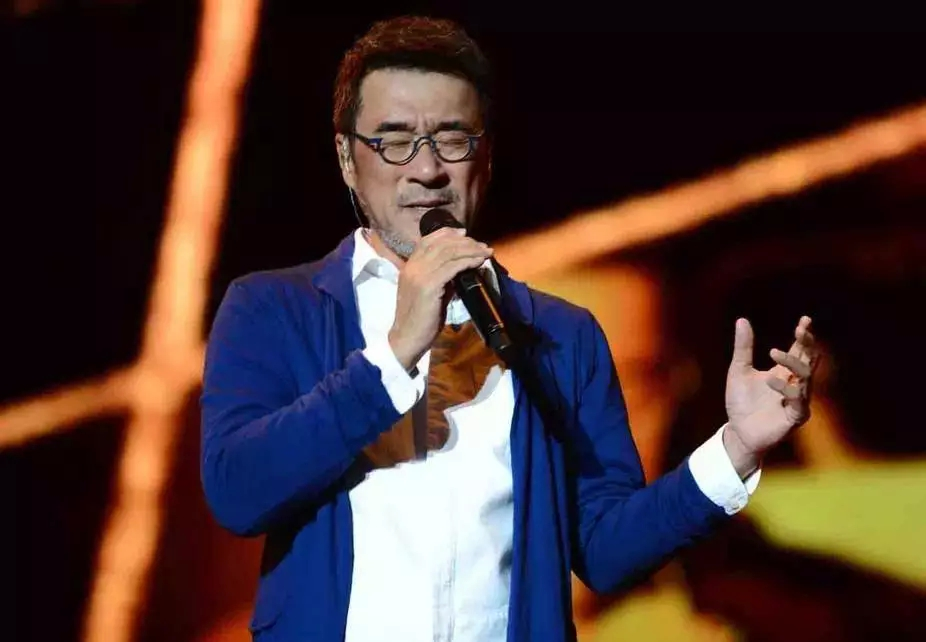 李宗盛跨年演唱《给自己的歌》,一开口就是成年人才听得懂的人生