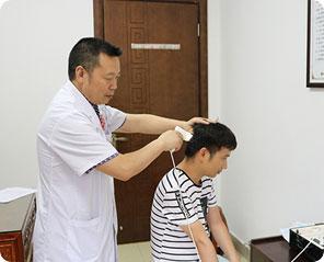 海口肤康医院中西医综合治疗脱发 效果显著