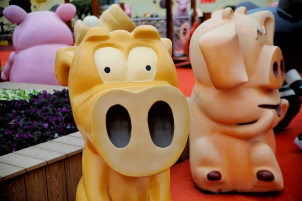 """这是中国首家以""""猪""""为主题的乐园,满足大家吃喝玩乐所有幻想"""