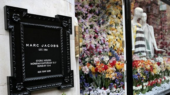 Marc Jacobs这几年所走过的下坡路 提示的是时尚行业所经历的变化