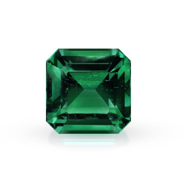 宝石上想刻啥都行 全球第一款激光雕刻祖母绿宝石面世