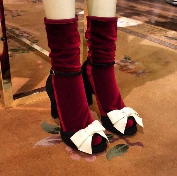 【是日美好事物】海绵宝宝爬上了Vans的鞋面 Nars和Erdem合体后成了小清新