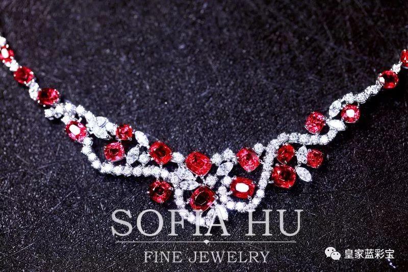 尖晶真的是最适合做套链的宝石了,加上设计以后,价值感倍增,上身气场强大