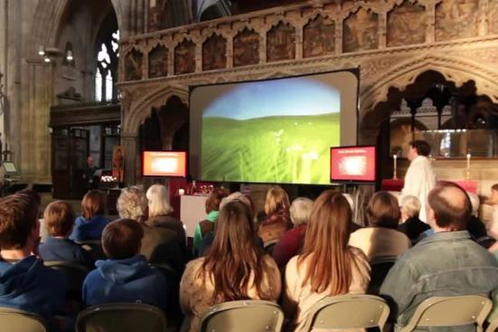 电子游戏如何在教堂中使用