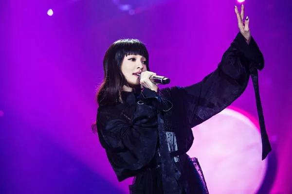 张韶涵你快醒醒吧,别在《歌手》上乱选歌唱了...