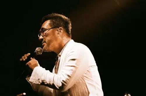 李宗盛怒揭音乐圈内幕:大佬们都在做生意,谁还在乎好音乐!