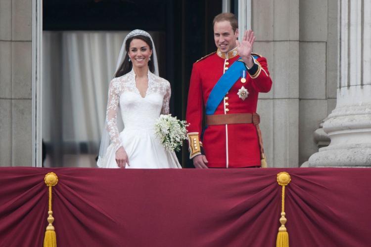 谁将是准王妃Meghan Markle婚纱的设计者?