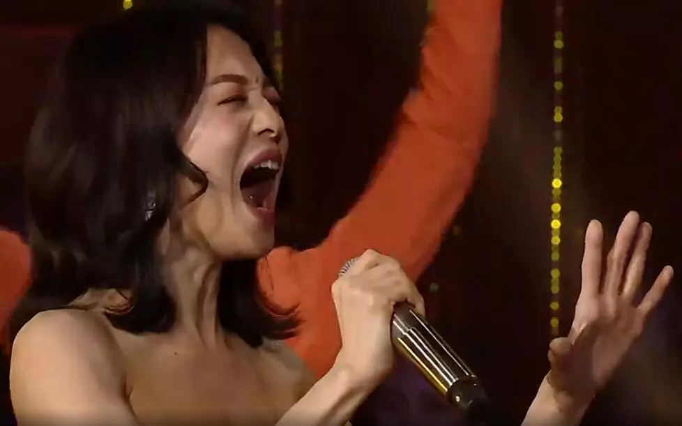 通过张韶涵和毛不易的不懈努力,终于把崔健这首《花房姑娘》毁了…