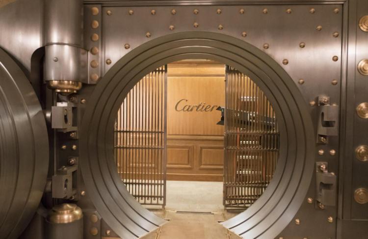 卡地亚与女版《十一罗汉》合作了天价项链,它戏份不少