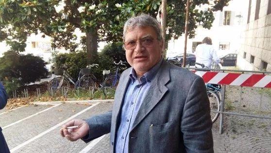 当意大利律师遭遇假税警 律师也蒙了