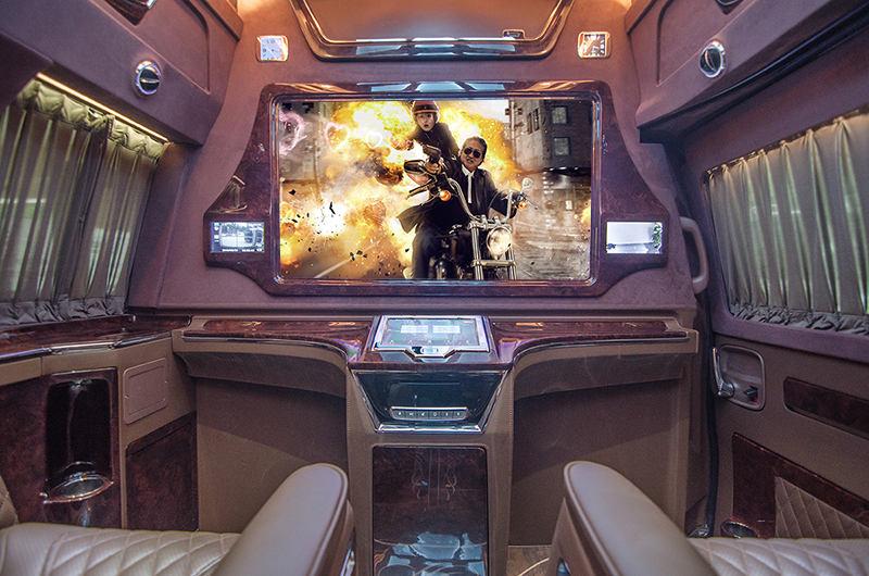 美系硬派GMC商务车,粗线条的霸气外观搭配细致的内饰