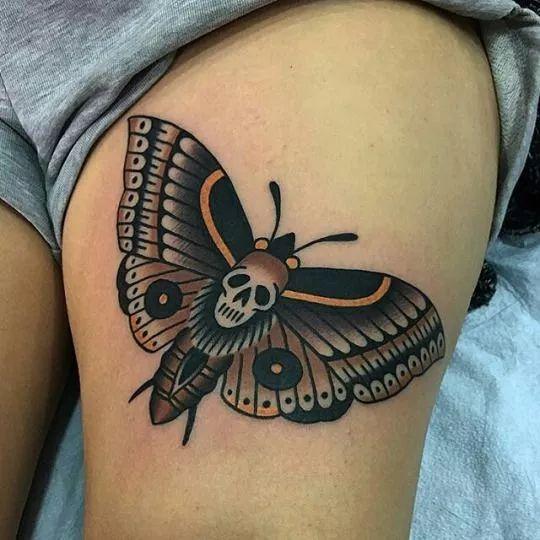 我是雕刻师,蝴蝶纹身作品和手稿