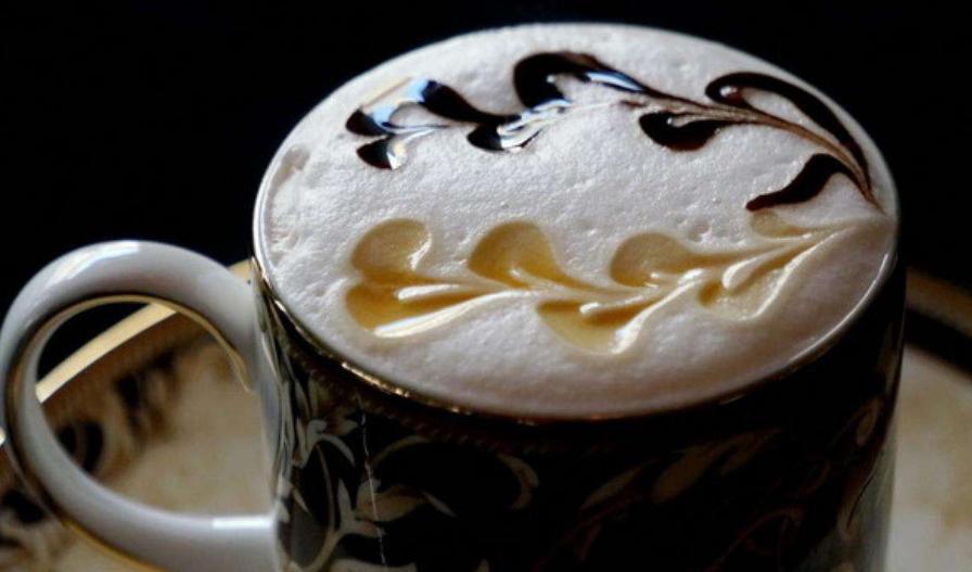 咖啡时尚的象征:拉花艺术!佑玛道融合咖啡和时尚