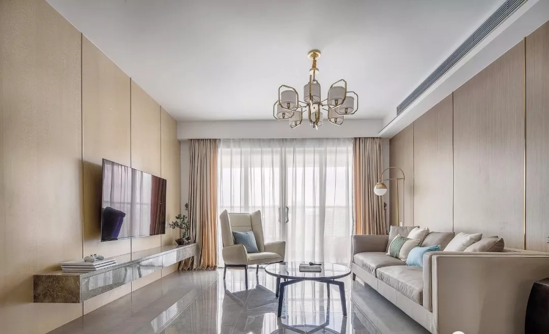 150三室两厅简洁新中式装修效果图,留白与木色平衡意韵