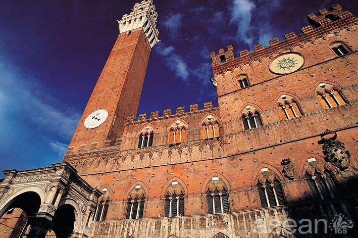 意大利锡耶纳大学1