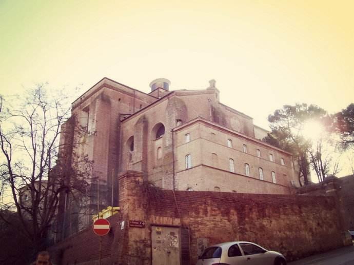 意大利锡耶纳大学3