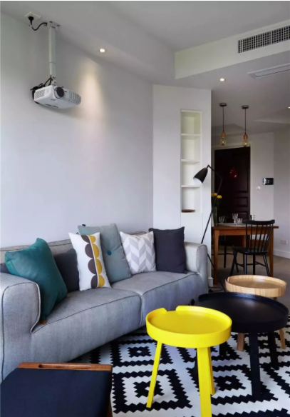 武汉100平两室一厅现代简约装修效果