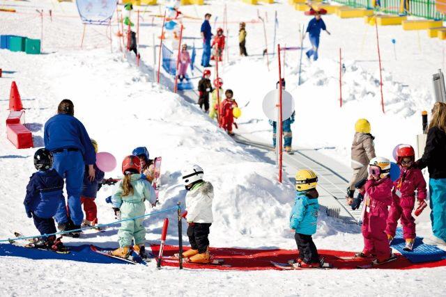 崇礼太舞石头季滑雪度假村:助力2022冬奥国际化建设