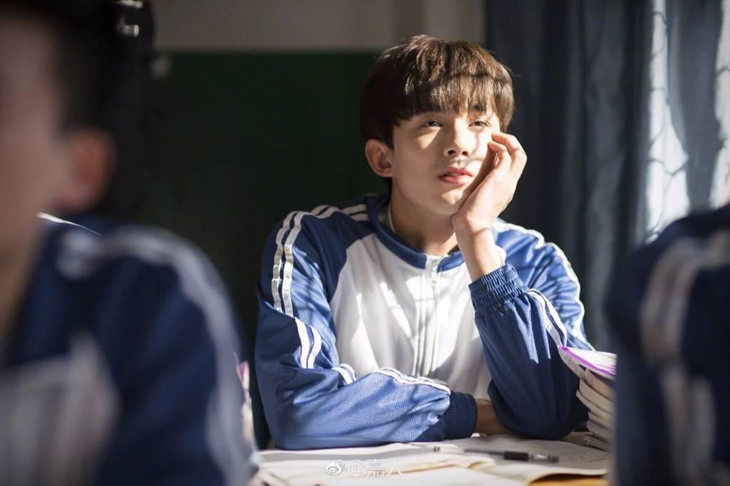 看6岁的小吴磊就知道他大有作为!陌上人如玉,愿你万分珍重