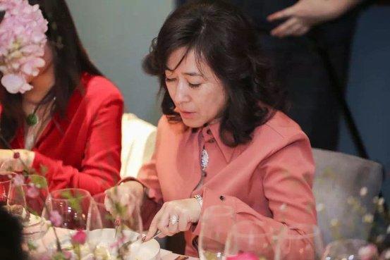 禧翠珠宝倾情打造桃花盛宴 悉数千年翡翠文化