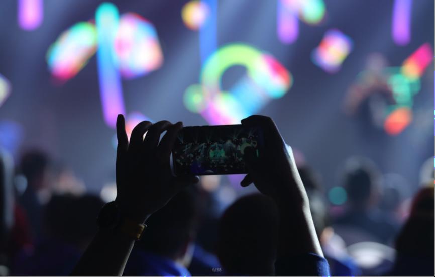 机械师五周年九代酷睿i7新品为热爱鼓掌-瓦力评测