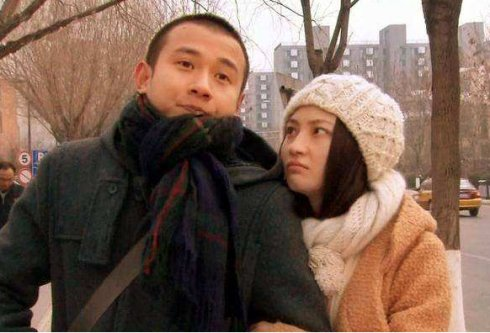 洪欣张丹峰合体秀恩爱,最尴尬的不是吃瓜群众,而是经纪人毕滢