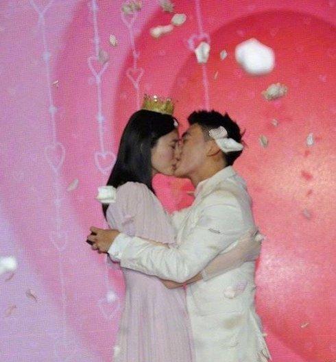 奚梦瑶嫁豪门,扒扒跟她一起选秀出道的东方天使去了哪儿