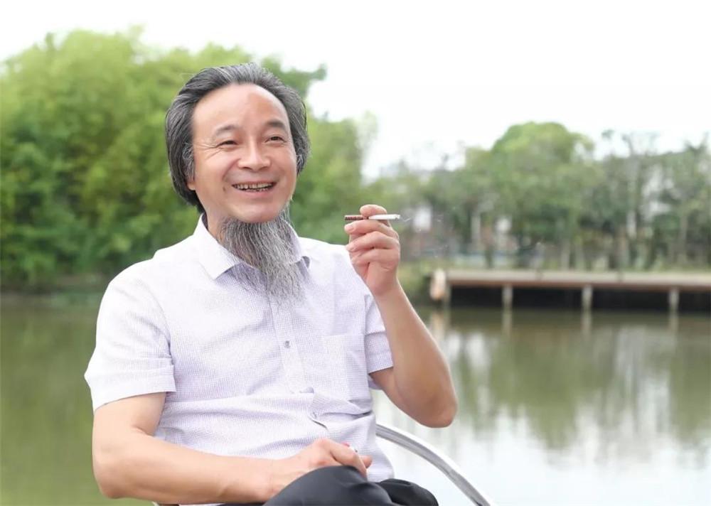 当代著名画家金晓海笔下的竹,千姿百态,禅意十足