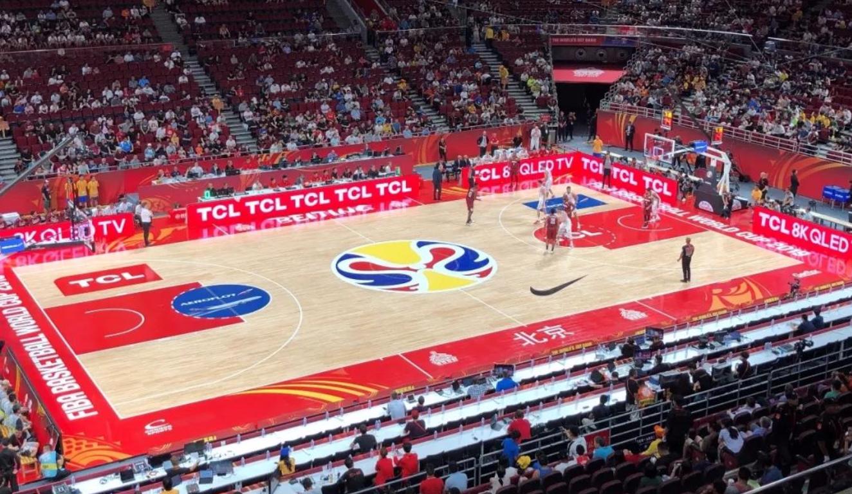 """从""""TCL红""""到""""篮不住"""" 篮球世界杯的中国赢家"""