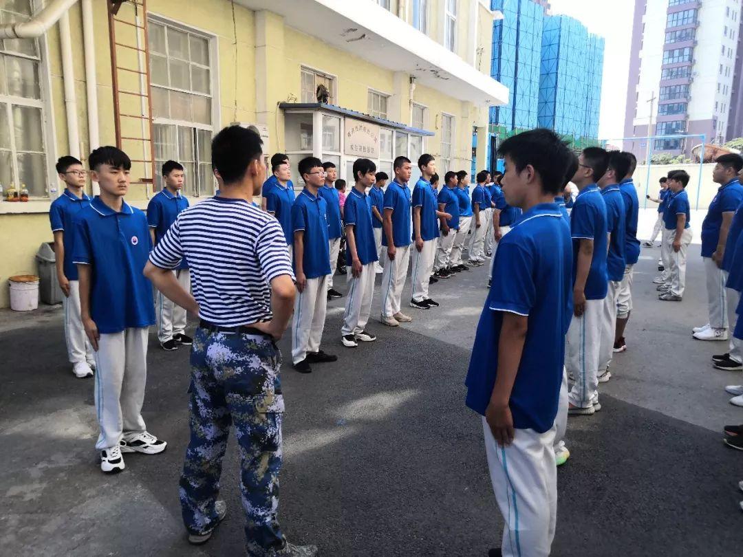 青岛海洋技师学院军训记实之军训感言