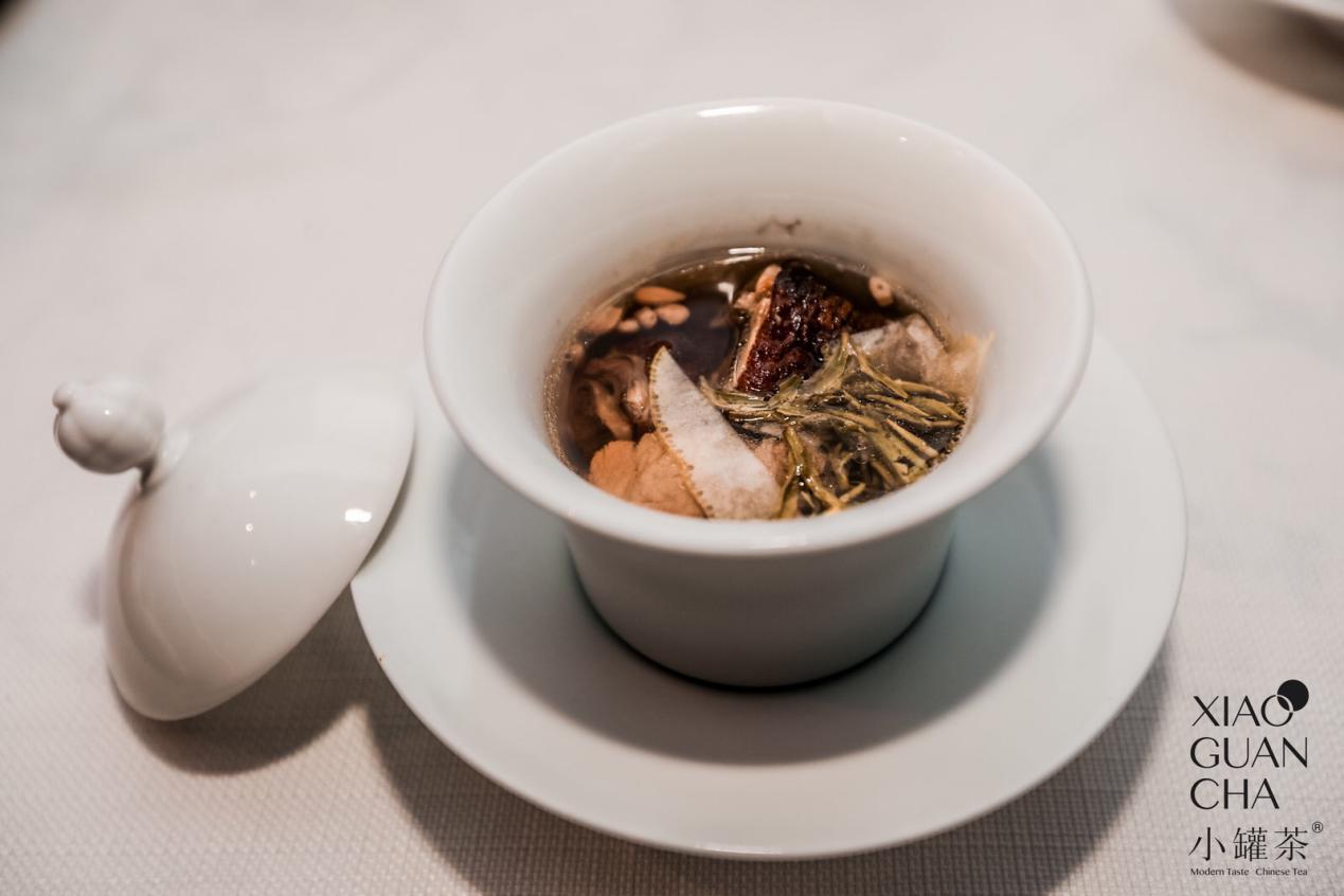 """小罐茶献礼双节打造""""团圆宴""""特别的心意给特别的你"""