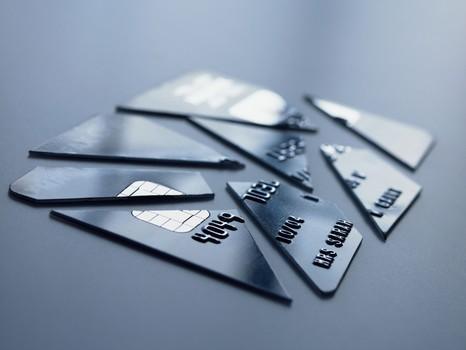 投资理财-新闻配图从首卡额度4千到单卡额度17万, 他是怎样做到的!今日新闻(11)