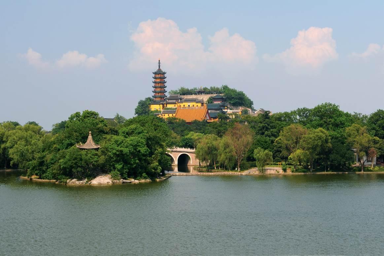 11月2-16日市政府将举办 第十三届中国镇江金山文化旅游节